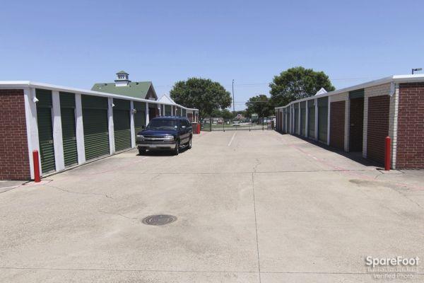 Alamo Mini Storage - Matlock 4840 Matlock Rd Arlington, TX - Photo 3