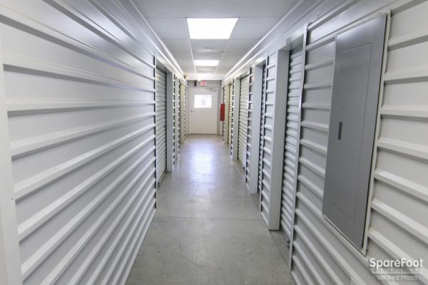Alamo Mini Storage - Matlock 4840 Matlock Rd Arlington, TX - Photo 5