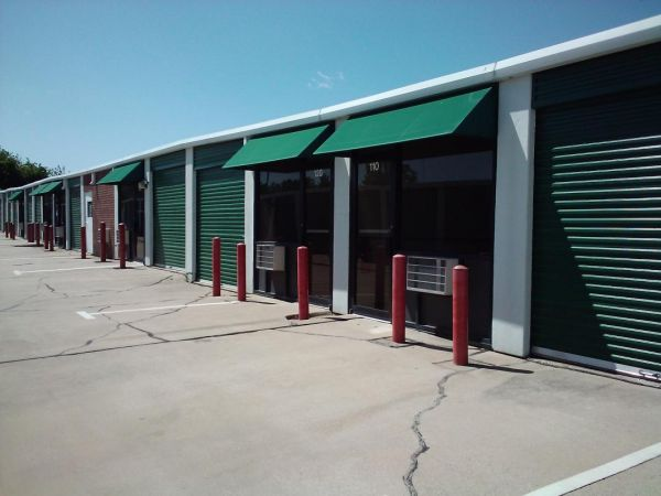 Alamo Mini Storage - Matlock 4840 Matlock Rd Arlington, TX - Photo 7