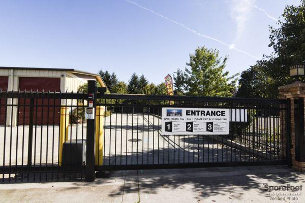 Iron Gate Storage Mill Plain Lowest Rates Selfstorage Com