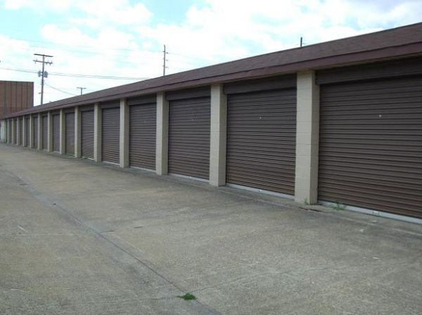 Redi Storage - Maple Heights 17101 Rockside Rd Maple Heights, OH - Photo 2
