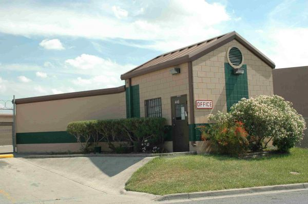 Storage Depot Brownsville Kings Hwy Lowest Rates Selfstorage Com
