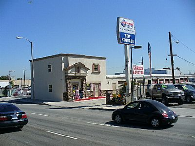 One Stop Storage - Santa Ana 1401 N Harbor Blvd Santa Ana, CA - Photo 2