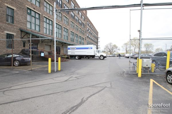East Bank Storage - 35th & Racine 1200 W 35th St Chicago, IL - Photo 2