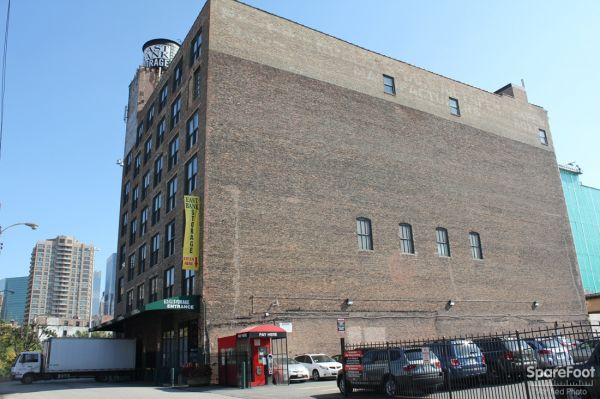 East Bank Storage - Lake & Halsted 730 W Lake St Chicago, IL - Photo 0