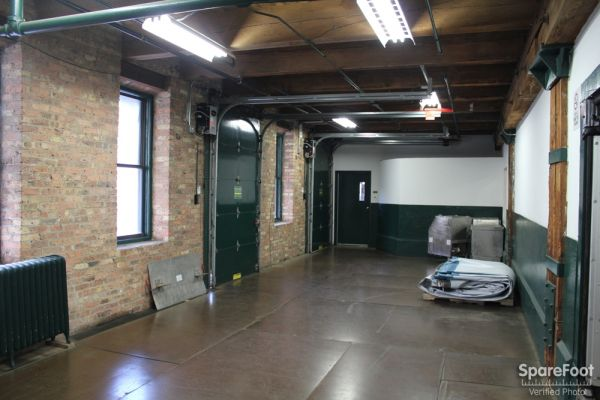 East Bank Storage - Ohio & Kingsbury 429 W Ohio St Chicago, IL - Photo 7