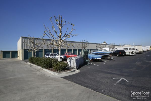 Saf Keep Storage - Gardena 2045 W Rosecrans Ave Gardena, CA - Photo 4
