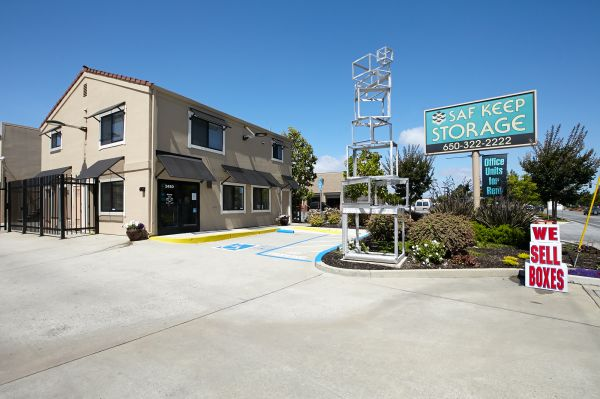 Saf Keep Storage - Redwood City 2480 Middlefield Rd Redwood City, CA - Photo 12