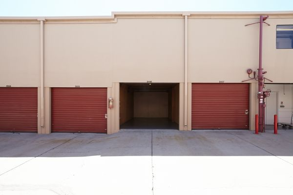 Saf Keep Storage - Redwood City 2480 Middlefield Rd Redwood City, CA - Photo 14