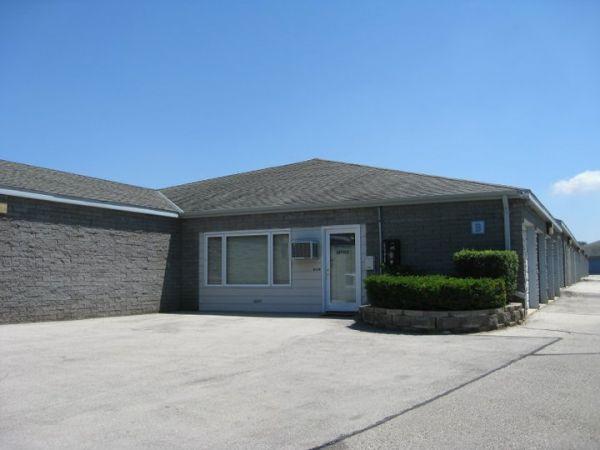 Brookfield Self Storage 2846 N Brookfield Rd Brookfield, WI - Photo 4