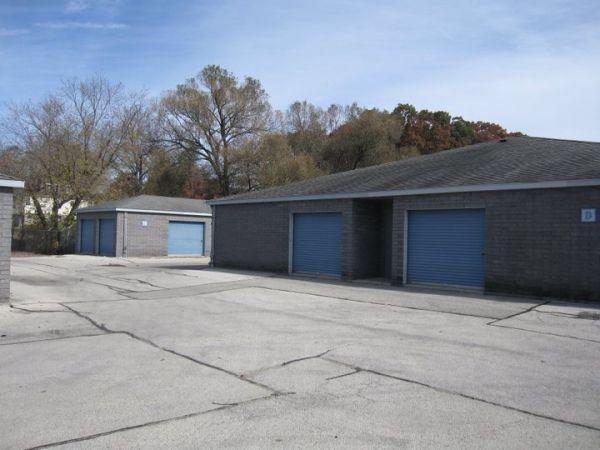 Brookfield Self Storage 2846 N Brookfield Rd Brookfield, WI - Photo 14