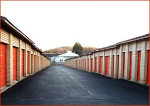East Penn Self Storage - Emmaus 3801 Allen St Emmaus, PA - Photo 2