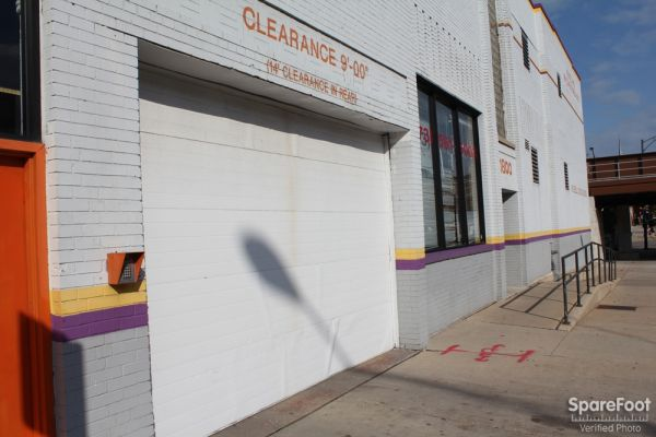 Foster Ravenswood Self Storage1800 W Ave Chicago Il Photo 1