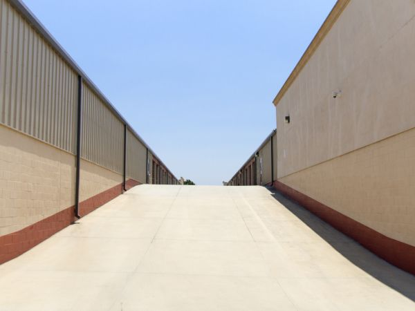 InStorage - Yorba Linda 17071 Imperial Hwy Yorba Linda, CA - Photo 6