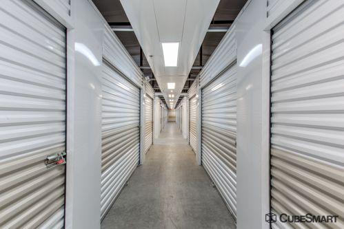 CubeSmart Self Storage - Orlando - 1015 N Apopka Vineland Rd 1015 N Apopka Vineland Rd Orlando, FL - Photo 7