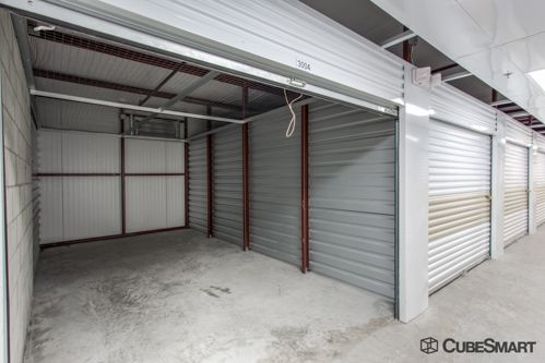 CubeSmart Self Storage - Orlando - 1015 N Apopka Vineland Rd 1015 N Apopka Vineland Rd Orlando, FL - Photo 11