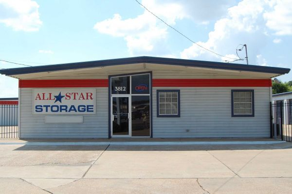 Photo of All Star Storage - Alexandria Self Storage & Top 20 Self-Storage Units in Alexandria LA w/ Prices u0026 Reviews