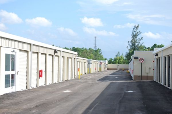 Easy Self Storage and U-Haul Rentals 10200 Fox Trail Rd S Royal Palm Beach, FL - Photo 1