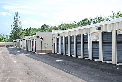 Easy Self Storage and U-Haul Rentals 10200 Fox Trail Rd S Royal Palm Beach, FL - Photo 4