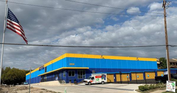 Hello Self Storage 6631 Larmanda St Dallas, TX - Photo 0