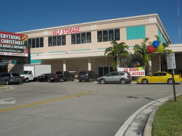 Sunshine Self Storage - Cooper City 9881 Sheridan St Cooper City, FL - Photo 2