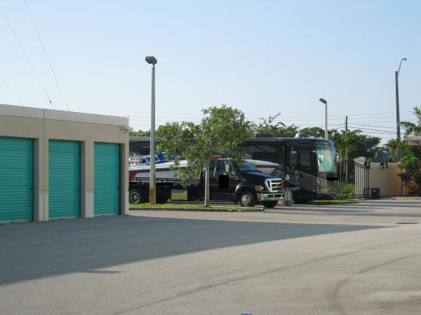 Sunshine Self Storage - Cooper City 9881 Sheridan St Cooper City, FL - Photo 5