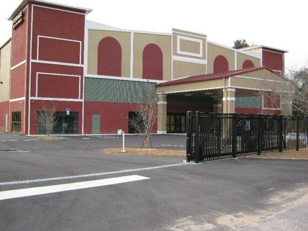 Sunshine Self Storage - Pensacola 110 E 9 Mile Rd Pensacola, FL - Photo 2