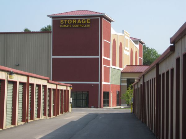 Sunshine Self Storage - Pensacola 110 E 9 Mile Rd Pensacola, FL - Photo 18