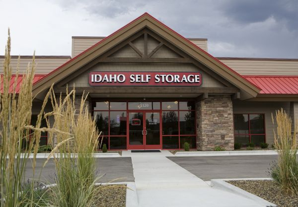 Idaho Self Storage - Linder 5120 N Linder Rd Meridian, ID - Photo 0