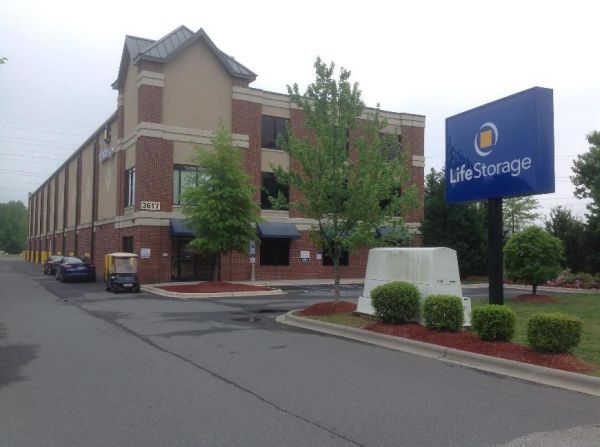 Life Storage - Matthews 3617 Matthews Weddington Rd Matthews, NC - Photo 0