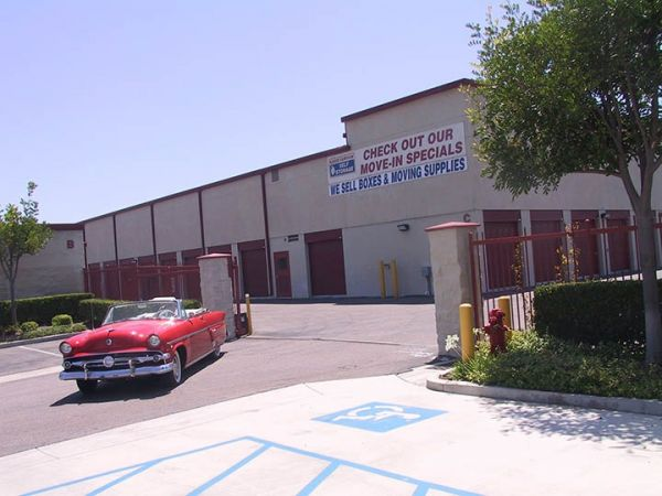 Baker Fairview Self Storage 2955 Fairview Rd Costa Mesa, CA - Photo 3