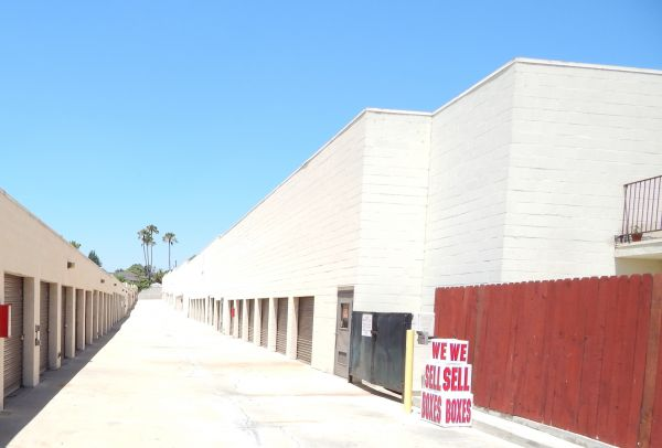 Imperial Beach Self Storage 901 S Beach Blvd La Habra, CA - Photo 3