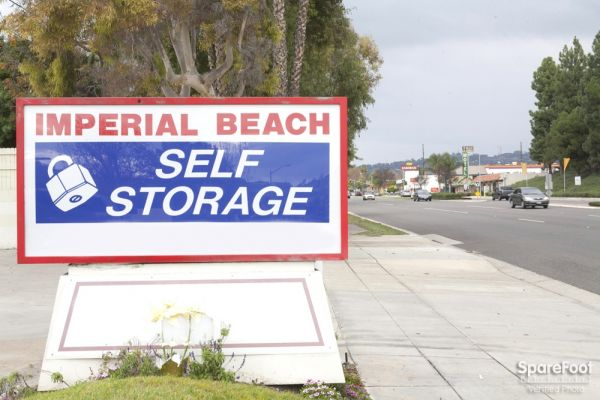 Imperial Beach Self Storage 901 S Beach Blvd La Habra, CA - Photo 9