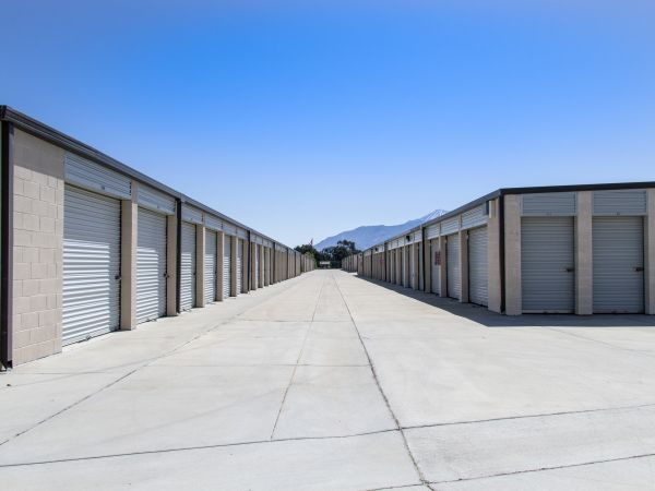 Aware Self Storage 5021 W Ramsey St Banning, CA - Photo 11