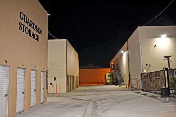 Guardian Storage - Fullerton - 2150 E Orangethorpe Ave 2150 E Orangethorpe Ave Fullerton, CA - Photo 15