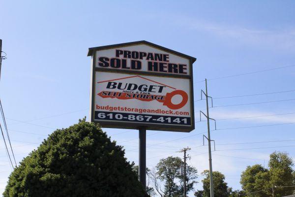 Budget Store and Lock-Washington St. 333 Washington St Bethlehem, PA - Photo 0