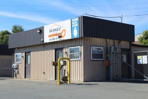 Budget Store and Lock-Washington St. 333 Washington St Bethlehem, PA - Photo 1