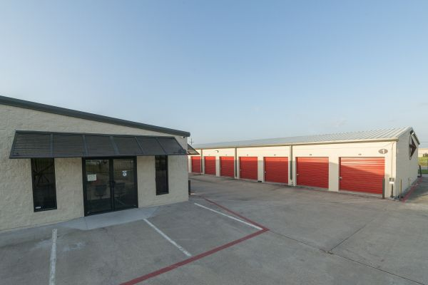 Montgomery Self Storage - 105W 19678 Hwy 105 W Montgomery, TX - Photo 8