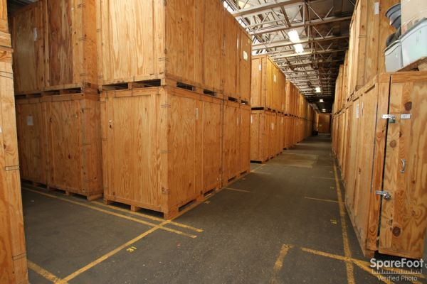 Eagle Storage Company 555 Rogers Street Downers Grove, IL - Photo 3