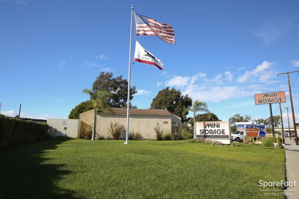 Redondo Torrance Mini Storage3701 Inglewood Ave Beach Ca Photo 0