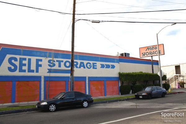 ... Van Nuys Mini Storage9635 Van Nuys Blvd   Panorama City, CA   Photo 6  ...