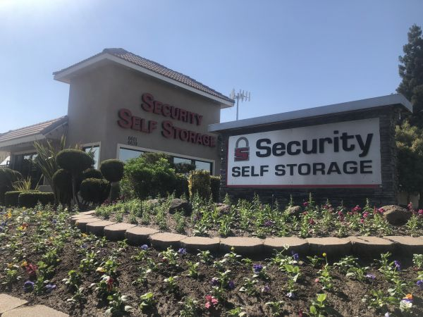 Security Self Storage - Standard Storage 6601 W Goshen Ave Visalia, CA - Photo 0