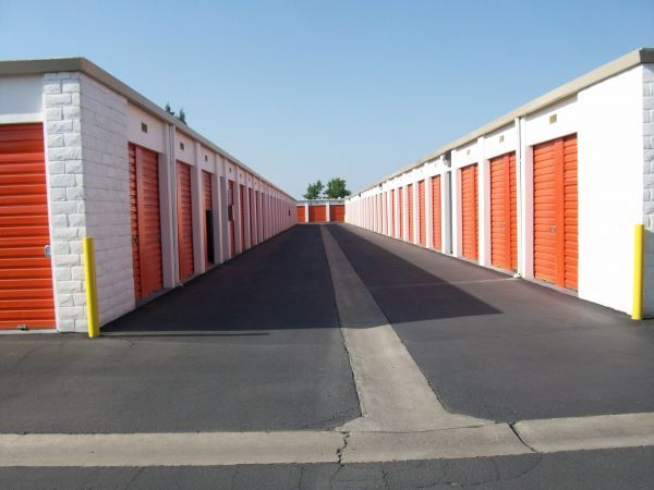 Security Self Storage - Standard Storage 6601 W Goshen Ave Visalia, CA - Photo 4