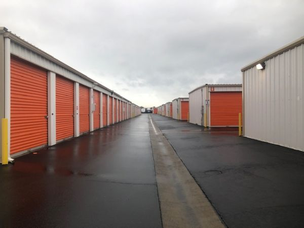 Security Self Storage - Parking, Standard and Climate Controlled Units 6707 W Goshen Ave Visalia, CA - Photo 5