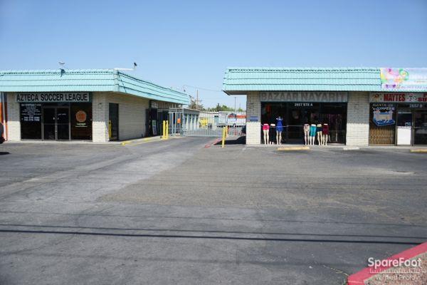 AAA Discount Storage 2647 N Las Vegas Blvd North Las Vegas, NV - Photo 3