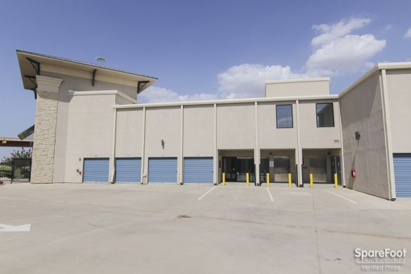 Advantage Storage - Las Colinas 330 W. IH635 Irving, TX - Photo 9