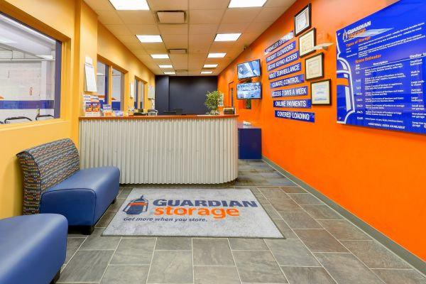Guardian Storage - Shadyside 5873 Centre Ave Pittsburgh, PA - Photo 0