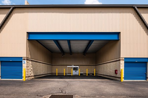 Guardian Storage - Bridgeville 1599 Washington Pike Bridgeville, PA - Photo 9
