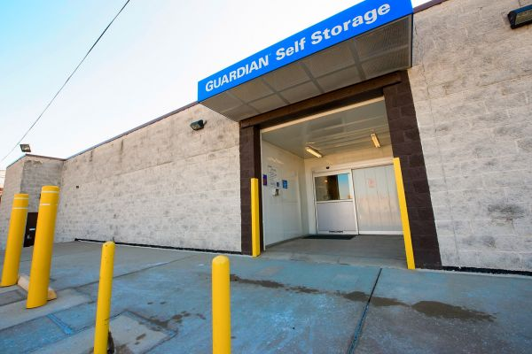 Guardian Storage - Washington 840 Jefferson Ave Washington, PA - Photo 4
