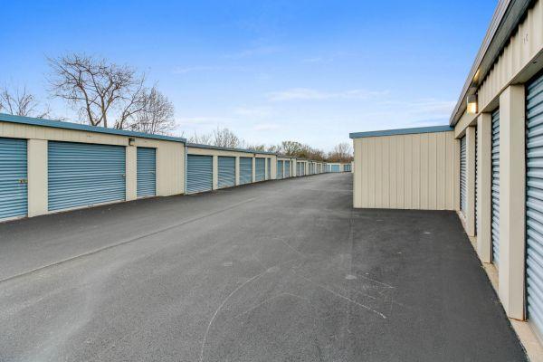 US Storage Centers - Murfreesboro - 1323 NW Broad St 1323 NW Broad St Murfreesboro, TN - Photo 3